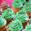 可愛いカップケーキ