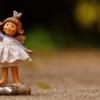 小さな人形